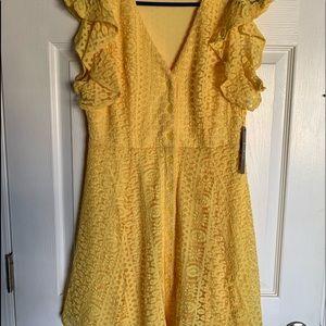 Brand new Lulus yellow lace dress
